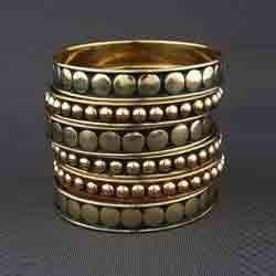 metal-bangles-250x250