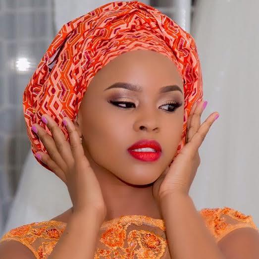 ELIZABETH MICHAEL NDANI YA NIGERIA STYLE