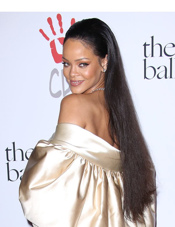 RED CARPET 2ND ANNUAL RIHANNA DIAMOND BALL