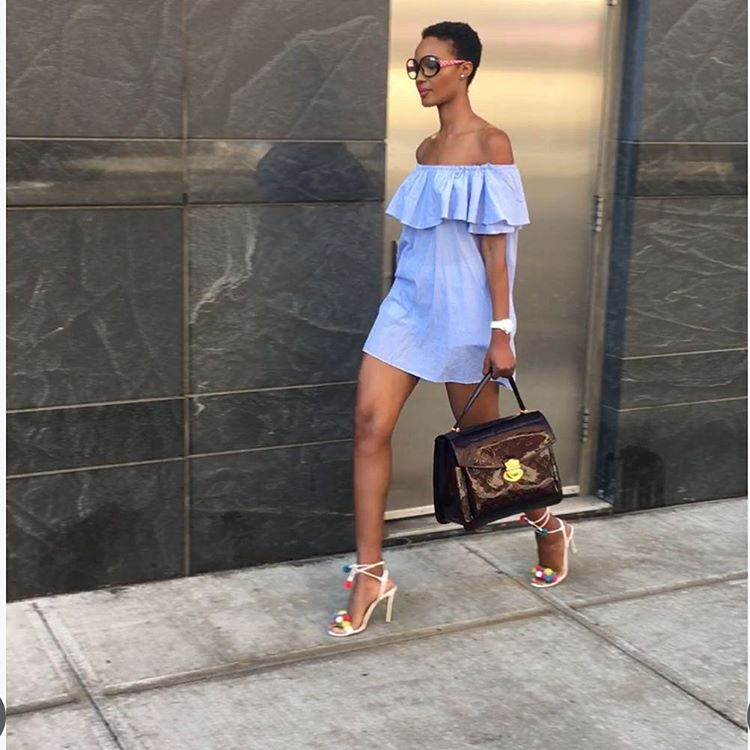 HAPINESS MAGESE ALIVYO STYLE AQUAZZURA SANDALS NA OFF SHOULDER DRESS