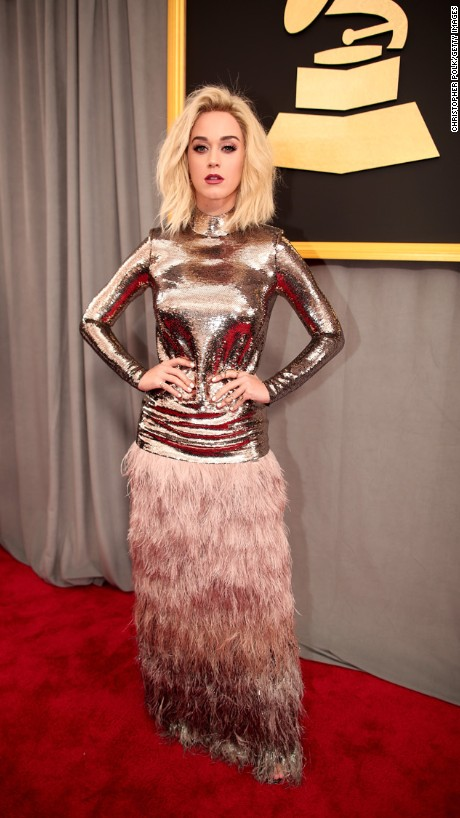 WORST DRESSED AT THE 59TH GRAMMY AWARDS