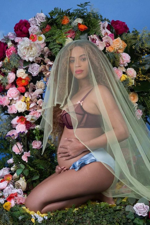 THE INTERNET IS GOING CRAZY OVER BEYONCE'S PREGNANCY ANNOUNCEMENT