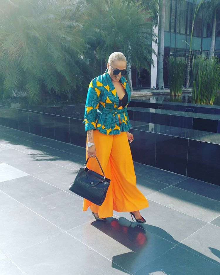 #WEHEART- JACQUELINE  WOLPER COLORFUL OUTFIT