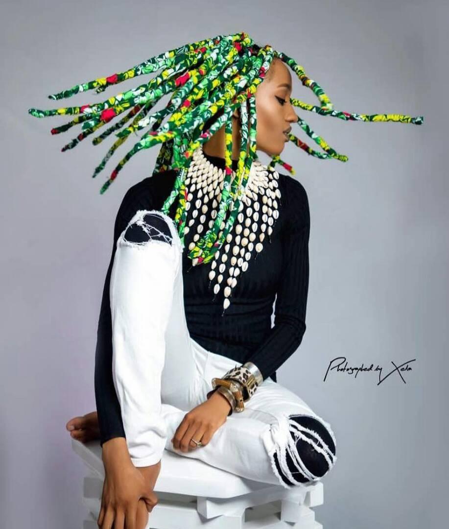 Style Mpya ya Rasta za Kitenge kutoka kwa Di'Ja