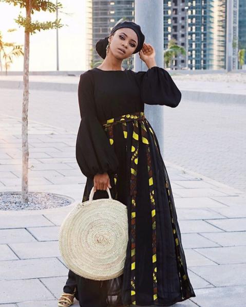 Hijabista Wakituonyesha Namna Ya Kuvaa Beret Na Hijab