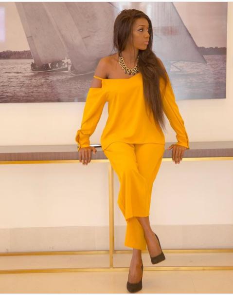 Zamaradi Mketema Serving Us Classic Look