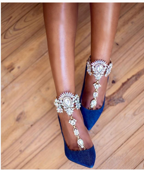 How To Spice Up Your Pumps For The Weekend