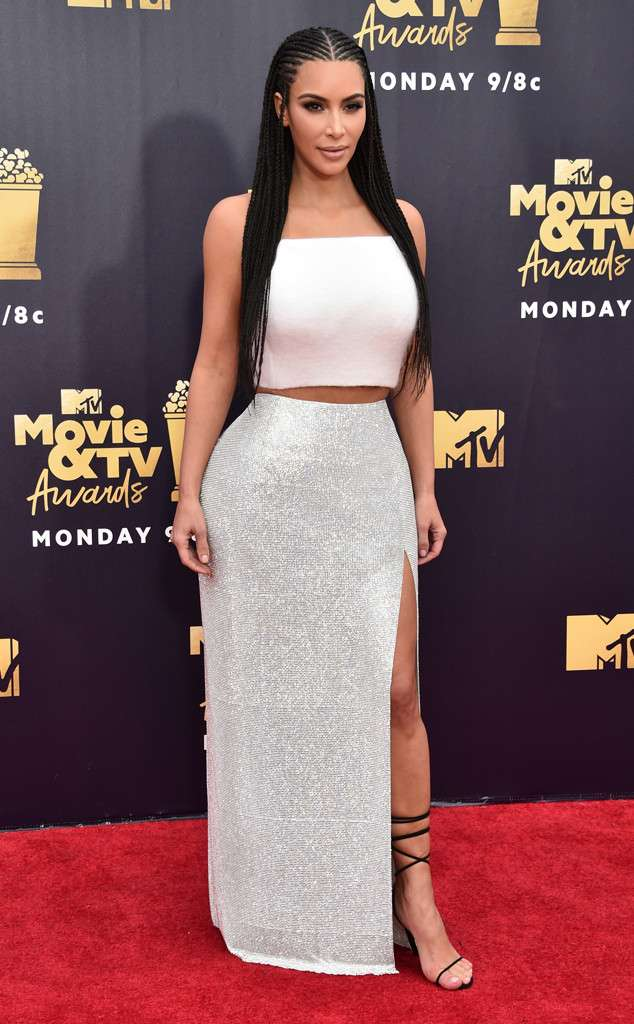 Kim Kardashian Asuka Fulani Braids Katika Tuzo Za MTV Movie & TV Awards