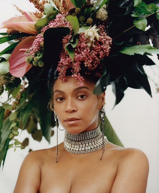 Beyonce Graced Vogue September Issue With Minimum Makeup And Natural Hair