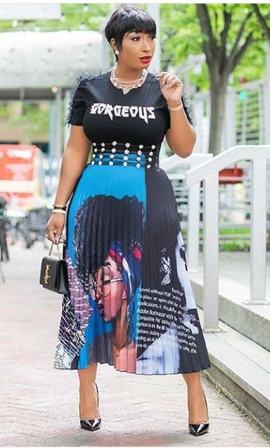 Graphic Pleated Skirts Are Trending Right Now