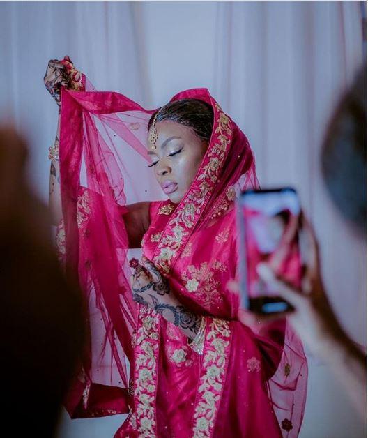 Reviewing Queen Darleen's Outfits On Her Wedding Ceremonies