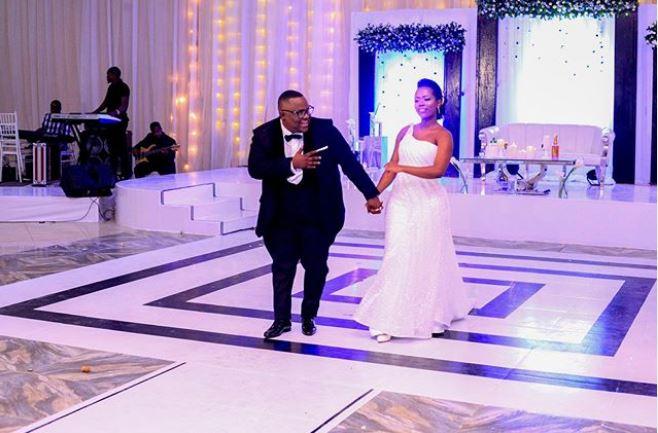 Reviewing Outfits Kutoka Katika Harusi Ya Mwanamziki Peter Msechu