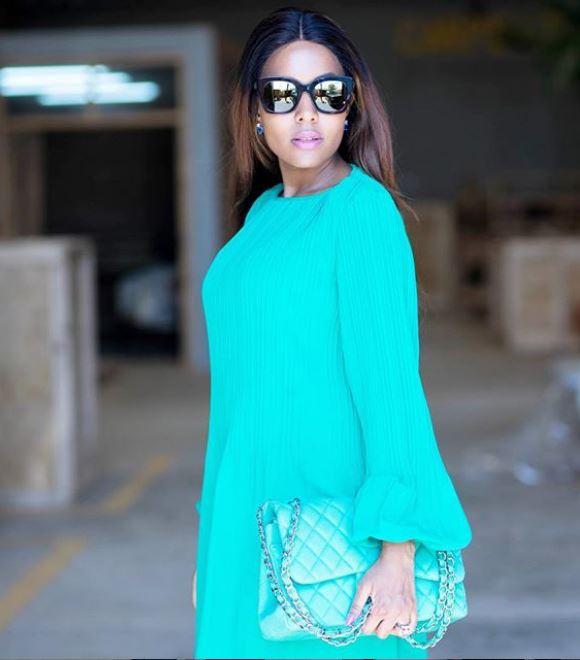 Jacqueline Mengi Atuonyesha Namna 3 Za Kubeba Handbag
