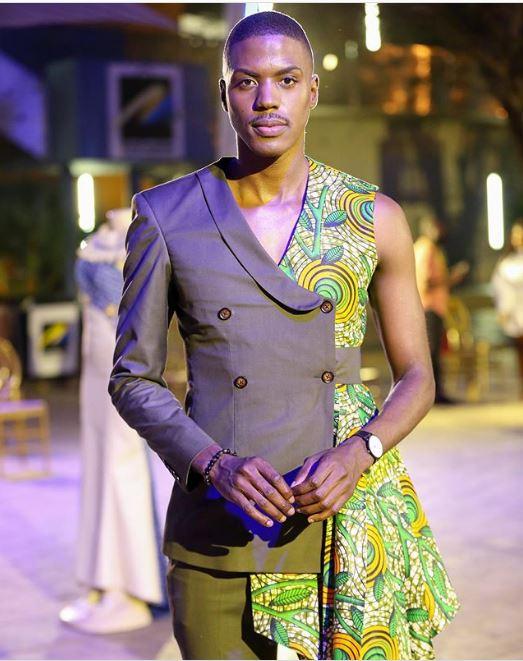 Resego Motlhokathari Kutoka Ghana Ame Break Internet Na Hii Half Kaftan Half Suit Outfit